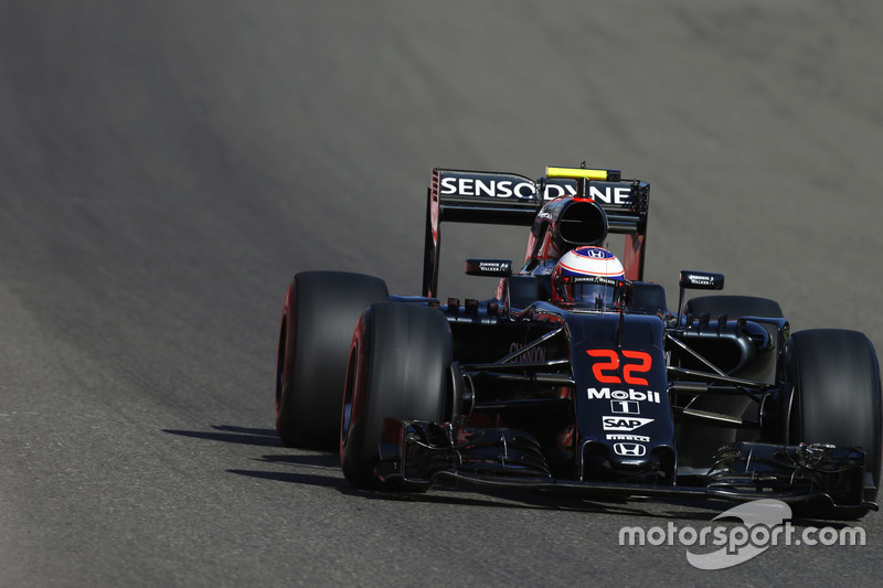 Jenson Button, McLaren on track.