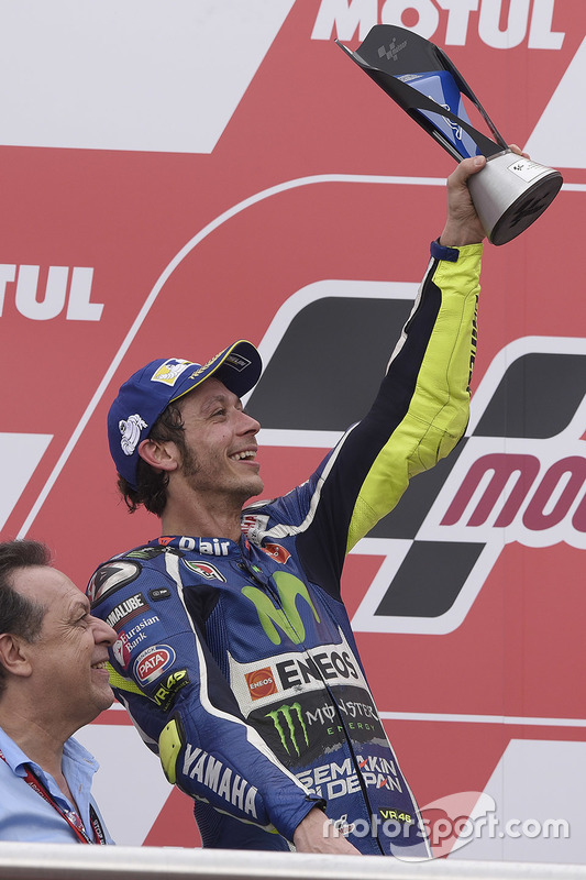 Podium: tweede plaats Valentino Rossi, Yamaha Factory Racing