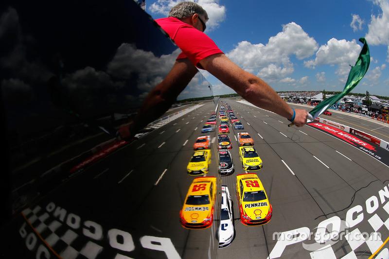 Start in Pocono: Brad Keselowski, Team Penske, Ford, führt