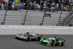 #70 Mazda Motorsports Mazda DPi: Joel Miller, Tom Long, James Hinchcliffe; #2 Tequila Patrón ESM Nissan DPi: Scott Sharp, Ryan Dalziel, Luis Felipe Derani, Brendon Hartley