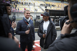 Lewis Hamilton, Mercedes AMG, is interviewed after the race by David Coulthard, Commentator and Presenter, Channel 4 F1