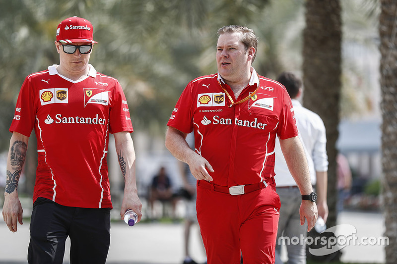 Sebastian Vettel, Ferrari, with Dave Greenwood, Ferrari Race Engineer