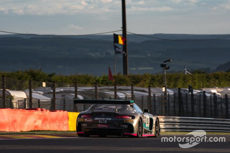 #00 Good Smile Racing & Team UKYO Mercedes-AMG GT3: Нобутеру Танігуті, Тацуя Катаока, Камуй Кобаясі