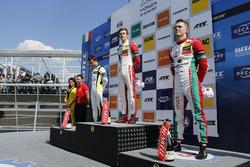 Podio: Ganador de la carrera Callum Ilott, Prema Powerteam, Dallara F317 - Mercedes-Benz, segundo lugar Lando Norris, Carlin Dallara F317 - Volkswagen, tercer lugar Maximilian Günther, Prema Powerteam Dallara F317 - Mercedes-Benz