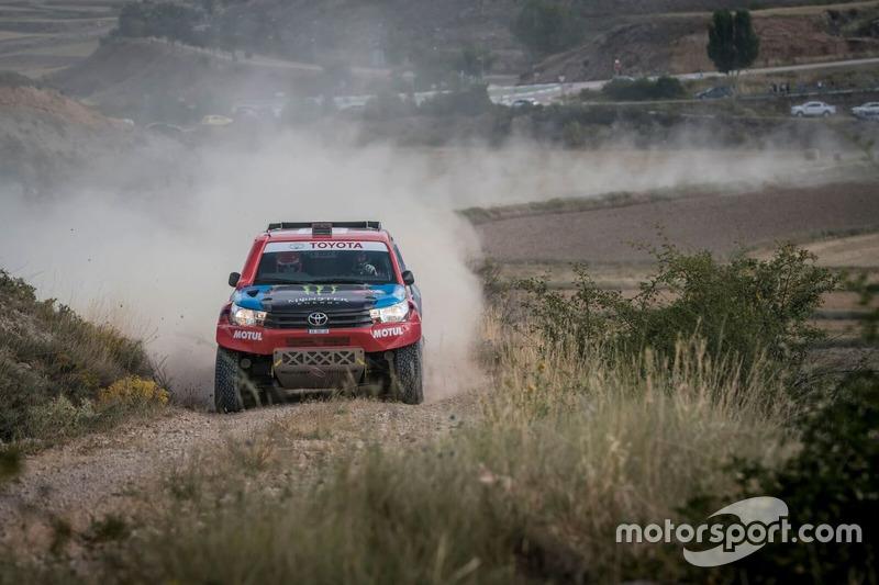 #211 Nani Roma, Alex Haro, Toyota Hilux