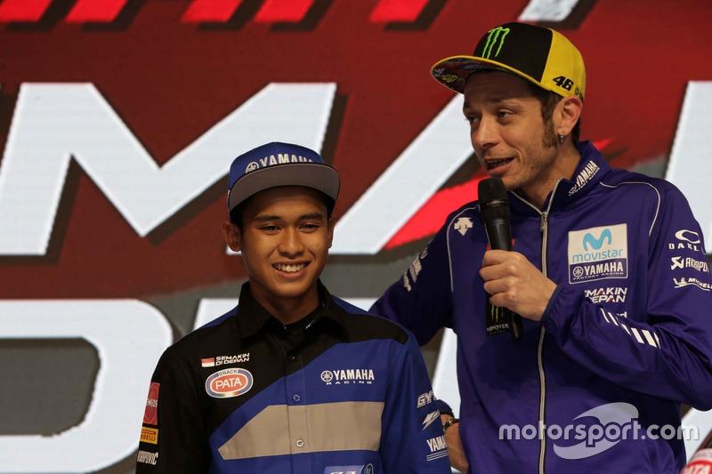 Galang Hendra, Yamaha Racing Indonesia dan Valentino Rossi, Yamaha Factory Racing