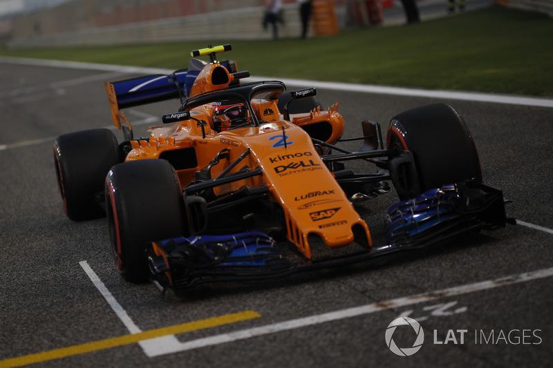 Stoffel Vandoorne, McLaren MCL33 on the grid