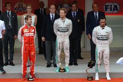 Podium: 1. Nico Rosberg, Mercedes; 2. Sebastian Vettel, Ferrari; 3. Lewis Hamilton, Mercedes