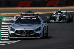 The Safety Car leads Valtteri Bottas, Mercedes AMG F1 W09