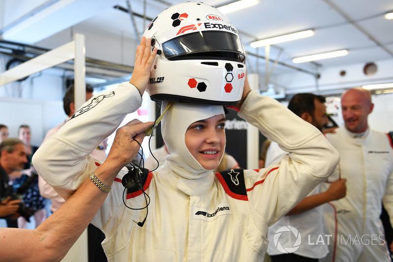 F1 Experiences coche de 2 plazas Barbara Palvin