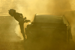 Crash: Danica Patrick, Stewart-Haas Racing Ford