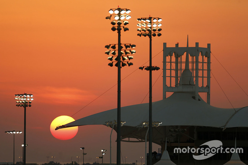 En 2011 el GP de Bahrein fue cancelado, debido a la inestabilidad y la tensa situación política en el país