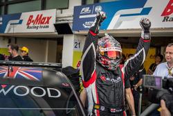 Pole position for Rob Huff, All-Inkl Motorsport, Citroën C-Elysée WTCC