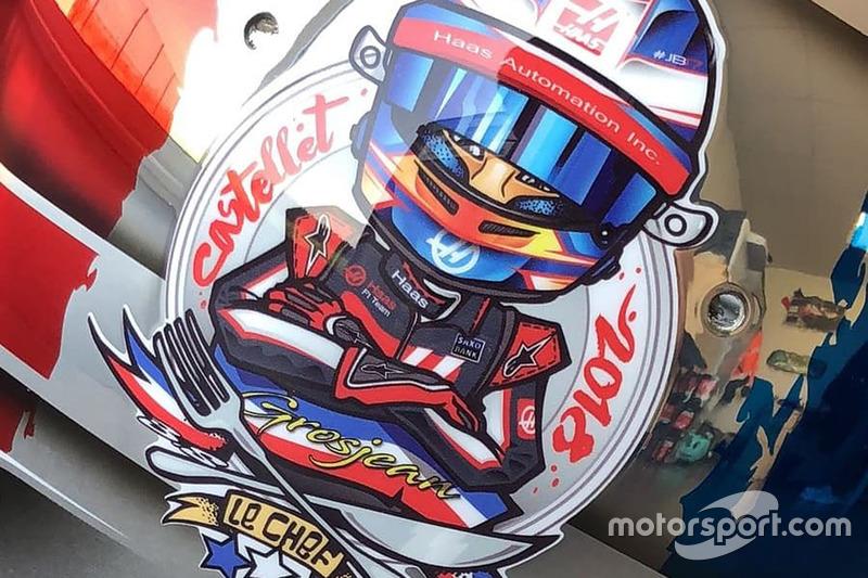 Il casco speciale di Romain Grosjean per il GP di Francia