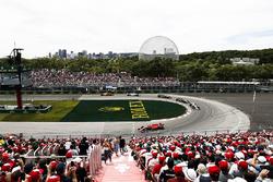 Кими Райкконен, Ferrari SF71H, Эстебан Окон, Sahara Force India F1 VJM11, и Нико Хюлькенберг, Renault Sport F1 Team RS18