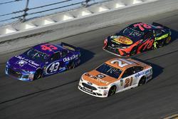 Darrell Wallace Jr., Richard Petty Motorsports Ford Fusion, Martin Truex Jr., Furniture Row Racing T