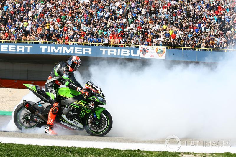 Ganador, Tom Sykes, Kawasaki Racing