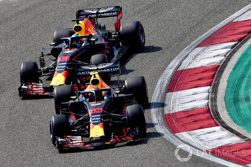 Max Verstappen, Red Bull Racing RB14 and Daniel Ricciardo, Red Bull Racing RB14