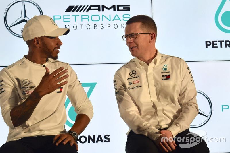 Lewis Hamilton y Andy Cowell, Mercedes AMG