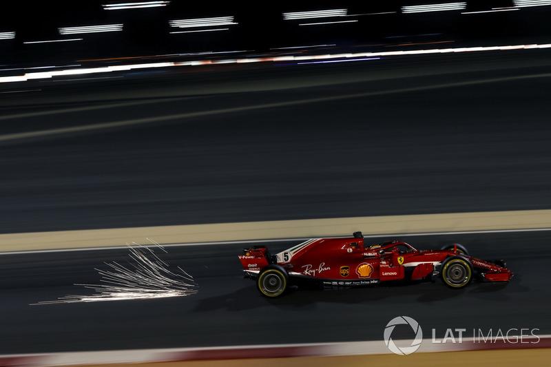 Sebastian Vettel, Ferrari SF-71H saca chispas