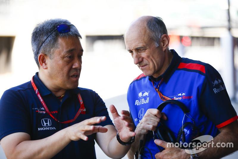 Masashi Yamamoto, General Manager de Honda Motorsport, y Franz Tost, Team Principal, Toro Rosso