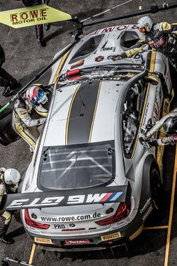Pit stop, #99 ROWE Racing BMW M6 GT3: Jens Klingmann, Nicky Catsburg, Alexander Sims