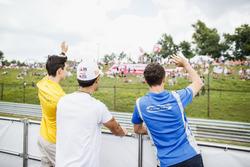 Drivers parade, Jack Aitken, ART Grand Prix, Sergio Sette Camara, Carlin, Lando Norris, Carlin