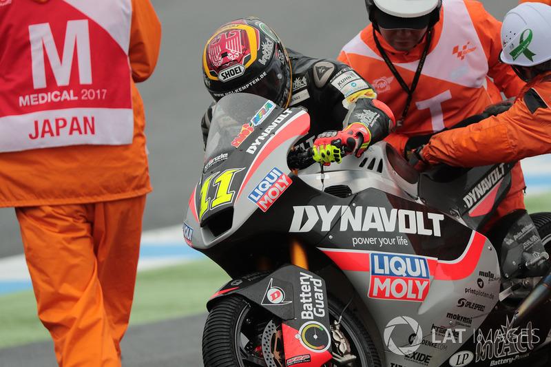 6. Sandro Cortese, Dynavolt Intact GP (Moto2): 22 quedas