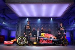 Ливрея машины Red Bull Racing RB12 на 2016 год