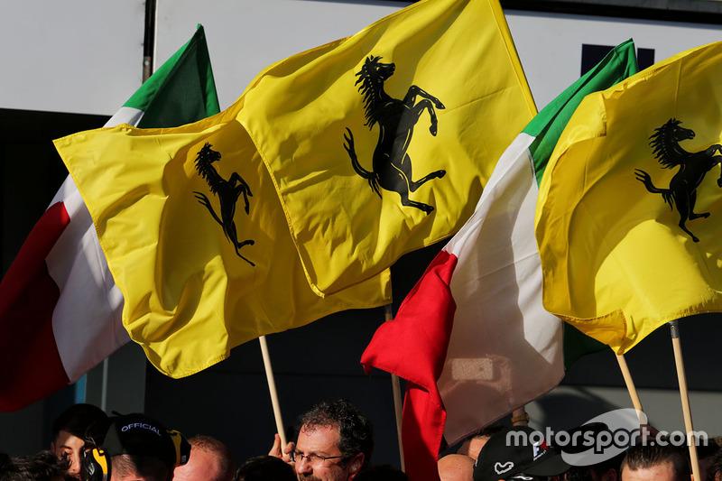 Ferrari feiert seinen Sieg