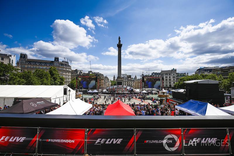 Fans am Trafalgar Square