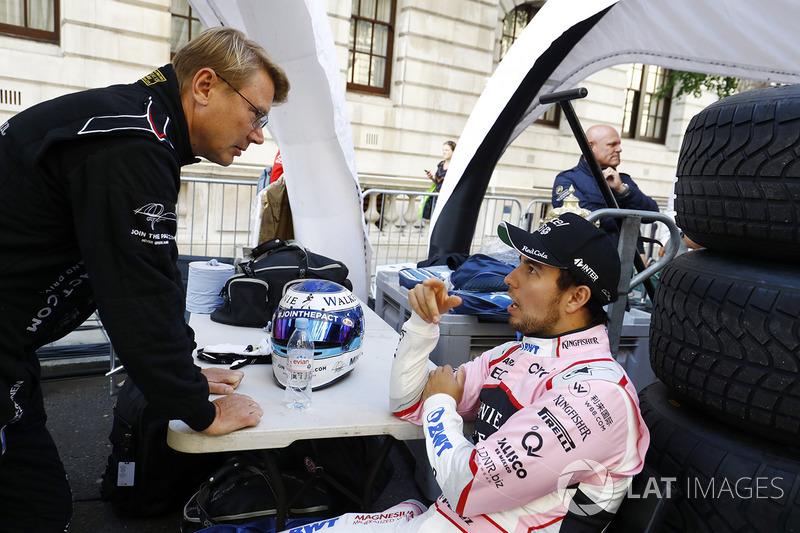 Mika Häkkinen; Sergio Perez, Sahara Force India F1