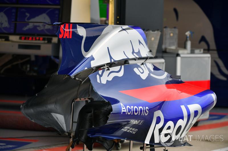 Toro Rosso STR12: Bodywork