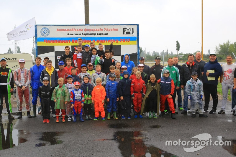 Учасники третього етапу чемпіонату України з картингу та Кубку