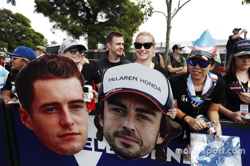 Fans von McLaren Honda