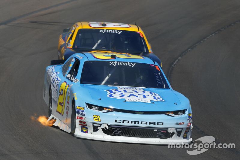 Daniel Hemric, Richard Childress Racing, Chevrolet; Brendan Gaughan, Richard Childress Racing, Chevrolet