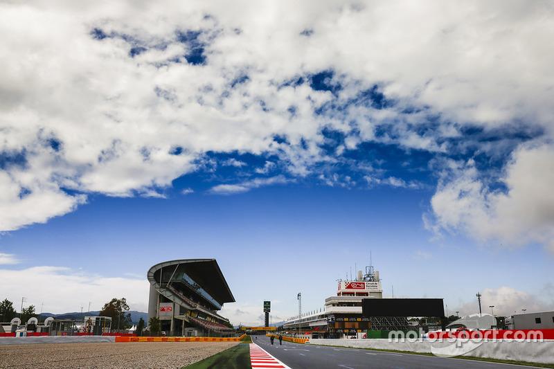 Хмари над трасою