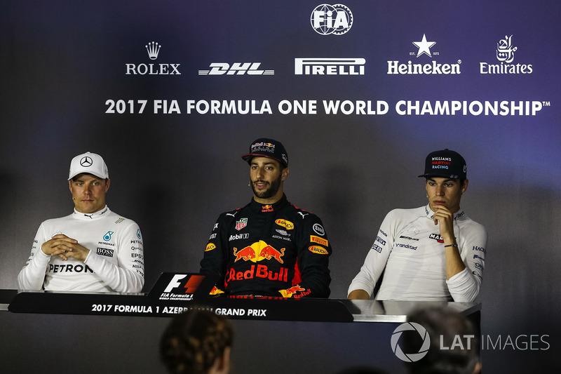Valtteri Bottas, Mercedes AMG F1, Daniel Ricciardo, Red Bull Racing y Lance Stroll, Williams