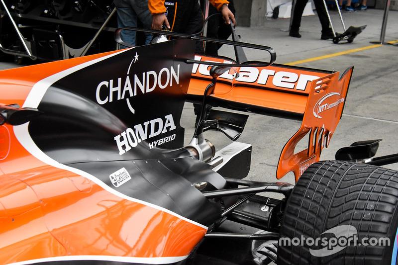 迈凯伦MCL32赛车细节图
