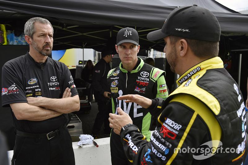 Grant Enfinger, ThorSport Racing Toyota, Matt Crafton, ThorSport Racing Toyota