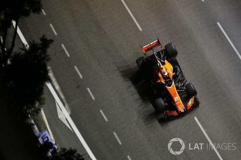 9. Стоффель Вандорн, McLaren MCL32