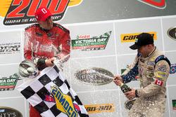 Podium: race winner Kevin Lacroix, third place Gary Klutt