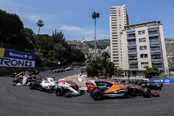 Льюис Хэмилтон, Mercedes AMG F1 W08, Стоффель Вандорн, McLaren MCL32, Фелипе Масса, Williams FW40, Эстебан Окон, Sahara Force India F1 VJM10