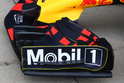 Red Bull RB13 front wing
