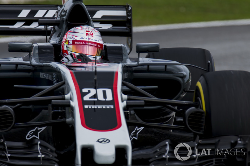 18. Kevin Magnussen, Haas F1 Team VF-17