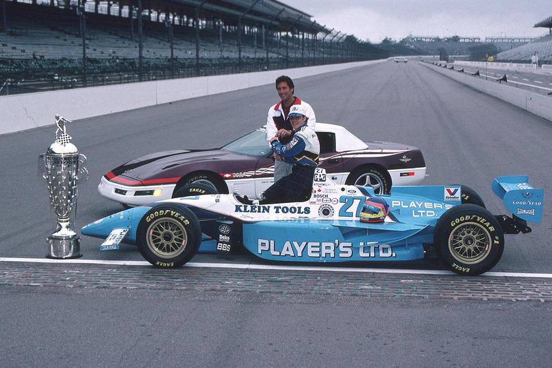 Jacques Villeneuve con Tony George