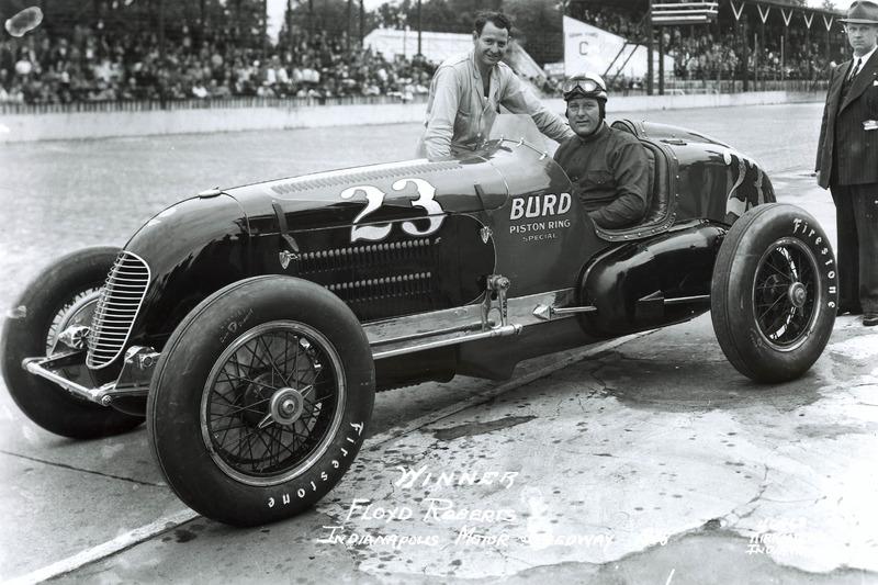1938: Флойд Робертс