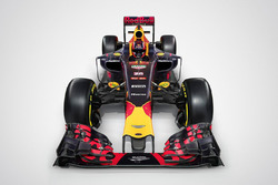 Red Bull Racing RB12 avec le logo Aston Martin