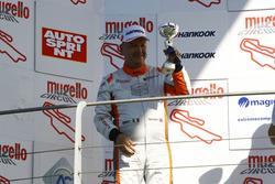 Giampiero Wyhinny, SEAT Cupra ST-TCS sul podio
