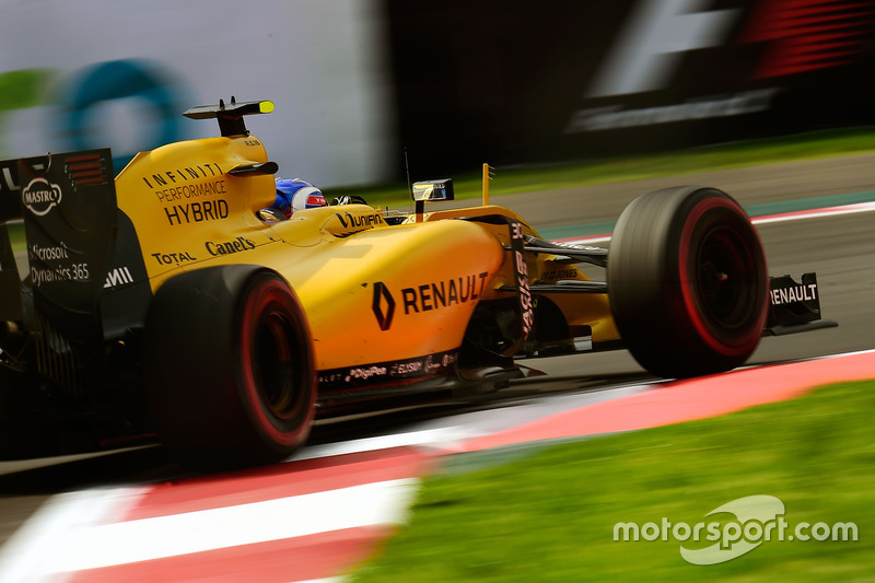22: Jolyon Palmer, Renault Sport F1 Team RS16 (did not take part in qualifying)